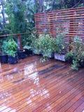 Μπαλκόνι στη βροχή Στοκ εικόνες με δικαίωμα ελεύθερης χρήσης