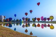 Μπαλόνια, μπαλόνια στον ουρανό, φεστιβάλ μπαλονιών, διεθνής γιορτή 2017, Chiang Rai, Ταϊλάνδη μπαλονιών Singhapark Στοκ εικόνα με δικαίωμα ελεύθερης χρήσης