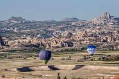Μπαλόνια σε Cappadocia Στοκ εικόνες με δικαίωμα ελεύθερης χρήσης