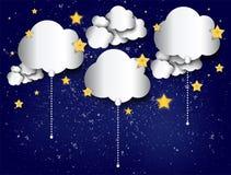 Μπαλόνια σύννεφων εγγράφου στο αφηρημένο υπόβαθρο ουρανού νύχτας έναστρο Στοκ εικόνες με δικαίωμα ελεύθερης χρήσης