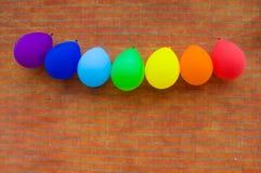 Μπαλόνια των χρωμάτων ουράνιων τόξων Στοκ εικόνα με δικαίωμα ελεύθερης χρήσης