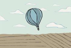 Μπαλόνι ζεστού αέρα στον ουρανό Στοκ εικόνα με δικαίωμα ελεύθερης χρήσης
