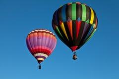 Μπαλόνι ζεστού αέρα δύο Στοκ Εικόνες
