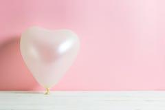 Μπαλόνι καρδιών βαλεντίνων στοκ φωτογραφία