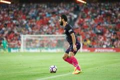 ΜΠΙΛΜΠΑΟ, ΙΣΠΑΝΙΑ - 28 ΑΥΓΟΎΣΤΟΥ: Το Arda Turan, παίκτης FC Βαρκελώνη, στην αντιστοιχία μεταξύ του αθλητικών Μπιλμπάο και FC Βαρκ Στοκ Εικόνα