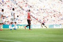 ΜΠΙΛΜΠΑΟ, ΙΣΠΑΝΙΑ - 18 ΣΕΠΤΕΜΒΡΊΟΥ: Aritz Aduriz, αθλητικός παίκτης του Μπιλμπάο λεσχών, στην αντιστοιχία μεταξύ του αθλητικού ΘΦ Στοκ Φωτογραφία