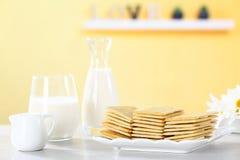Μπισκότα γάλακτος Στοκ εικόνες με δικαίωμα ελεύθερης χρήσης