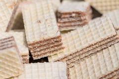 Μπισκότα γκοφρετών σε έναν σωρό - μακρο πυροβολισμός Στοκ εικόνες με δικαίωμα ελεύθερης χρήσης