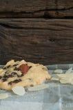 Μπισκότα και αμύγδαλα Στοκ εικόνα με δικαίωμα ελεύθερης χρήσης
