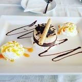 Μπισκότα και κέικ κρέμας Στοκ Φωτογραφίες