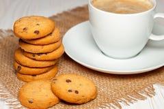 Μπισκότα και καφές Στοκ εικόνα με δικαίωμα ελεύθερης χρήσης