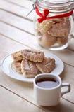 Μπισκότα και καφές Στοκ φωτογραφία με δικαίωμα ελεύθερης χρήσης