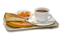 Μπισκότα και μαρμελάδα για το τσάι Στοκ εικόνες με δικαίωμα ελεύθερης χρήσης