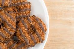 Μπισκότα καραμέλας καρύδων φοντάν σε ένα άσπρο πιάτο Στοκ εικόνα με δικαίωμα ελεύθερης χρήσης