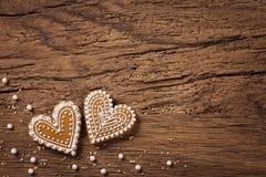 Μπισκότα καρδιών μελοψωμάτων Στοκ φωτογραφίες με δικαίωμα ελεύθερης χρήσης