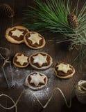 Μπισκότα μήλων Χριστουγέννων Στοκ φωτογραφία με δικαίωμα ελεύθερης χρήσης