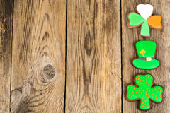 Μπισκότα μελοψωμάτων με την εικόνα για την ημέρα του ST Πάτρικ ` s Στοκ Φωτογραφίες