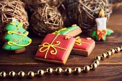 Μπισκότα μελοψωμάτων Χριστουγέννων 1 ζωή ακόμα Στοκ Φωτογραφία