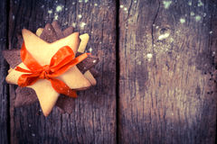 Μπισκότα μελοψωμάτων Χριστουγέννων στοκ εικόνες