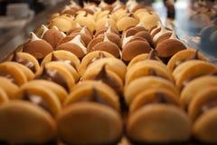 Μπισκότα με την κρέμα Στοκ φωτογραφίες με δικαίωμα ελεύθερης χρήσης