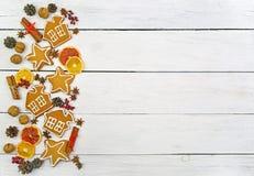 Μπισκότα με την τήξη νέο έτος Χριστουγέννων κα&rh Στοκ εικόνες με δικαίωμα ελεύθερης χρήσης