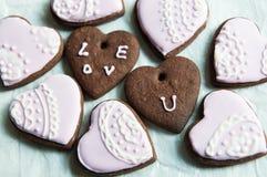 Μπισκότα σοκολάτας μορφής καρδιών Στοκ Εικόνες