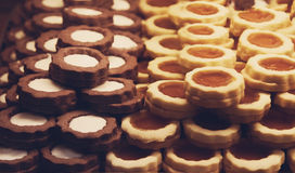 Μπισκότα σοκολάτας και μπισκότα αμυγδάλων Στοκ εικόνα με δικαίωμα ελεύθερης χρήσης