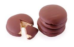 μπισκότα σοκολάτας πιτών choco στο λευκό Στοκ εικόνα με δικαίωμα ελεύθερης χρήσης