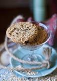 Μπισκότα στο πιάτο επιδορπίων Στοκ εικόνα με δικαίωμα ελεύθερης χρήσης