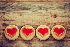 Μπισκότα συνόρων ημέρας βαλεντίνου με τη μαρμελάδα Στοκ Εικόνα