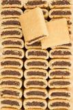 Μπισκότα σύκων που συσσωρεύονται σε τρεις σειρές Στοκ εικόνα με δικαίωμα ελεύθερης χρήσης