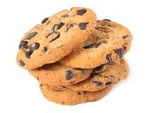 Μπισκότα τσιπ σοκολάτας που απομονώνονται στην άσπρη ανασκόπηση γλυκό μπισκότων σπιτική ζύμη στοκ φωτογραφία
