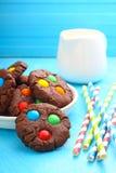 Μπισκότα τσιπ σοκολάτας με την καραμέλα Στοκ φωτογραφίες με δικαίωμα ελεύθερης χρήσης