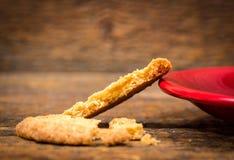 Μπισκότο και coffeecup πιάτο Στοκ φωτογραφία με δικαίωμα ελεύθερης χρήσης