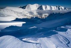 μπλε άσπρος χειμώνας τοπίου Στοκ φωτογραφία με δικαίωμα ελεύθερης χρήσης