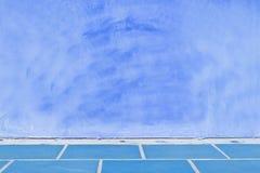Μπλε ανασκόπηση τοίχων κρητιδογραφιών Στοκ εικόνα με δικαίωμα ελεύθερης χρήσης