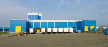 μπλε αποθήκη εμπορευμάτων στοκ φωτογραφίες με δικαίωμα ελεύθερης χρήσης