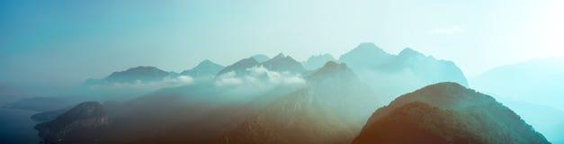 Μπλε βουνά στην Τουρκία Antalia Στοκ Εικόνες