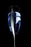 μπλε γυαλί ποτών Στοκ φωτογραφία με δικαίωμα ελεύθερης χρήσης