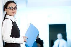 μπλε γυναίκες γυαλιών γ& στοκ φωτογραφία