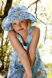 μπλε δάση κοριτσιών φορεμάτων Στοκ Εικόνα