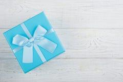 μπλε δώρο κιβωτίων τόξων Στοκ Φωτογραφία