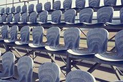 Μπλε καθίσματα σταδίων ποδοσφαίρου Στοκ φωτογραφία με δικαίωμα ελεύθερης χρήσης