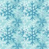 Μπλε και άσπρο snowflakes άνευ ραφής σχέδιο Διανυσματική απεικόνιση στο ανοικτό μπλε υπόβαθρο Στοκ φωτογραφίες με δικαίωμα ελεύθερης χρήσης