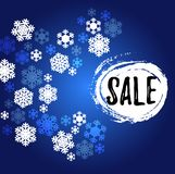 Μπλε και άσπρο snowflakes έμβλημα πώλησης στοκ εικόνα