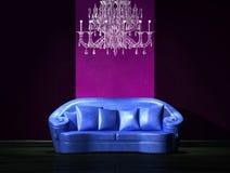 μπλε καναπές πολυτέλει&alpha ελεύθερη απεικόνιση δικαιώματος