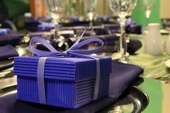 μπλε κιβώτιο παρόν Στοκ εικόνα με δικαίωμα ελεύθερης χρήσης