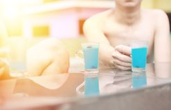 Μπλε κοκτέιλ της Χαβάης, κοκτέιλ μπλε Χαβάη θερινών διακοπών Στοκ φωτογραφία με δικαίωμα ελεύθερης χρήσης