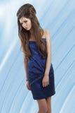 μπλε κορίτσι φορεμάτων λαμπρό Στοκ Φωτογραφίες