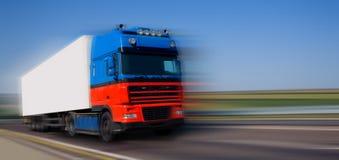 μπλε κόκκινο truck Στοκ φωτογραφία με δικαίωμα ελεύθερης χρήσης